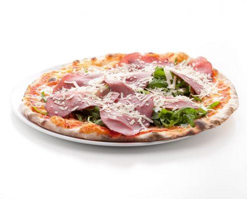 Pizza bresaola , rucola e grana