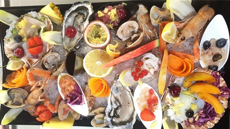 Gran piatto di crudità di mare - Lo Zodiaco Rimini
